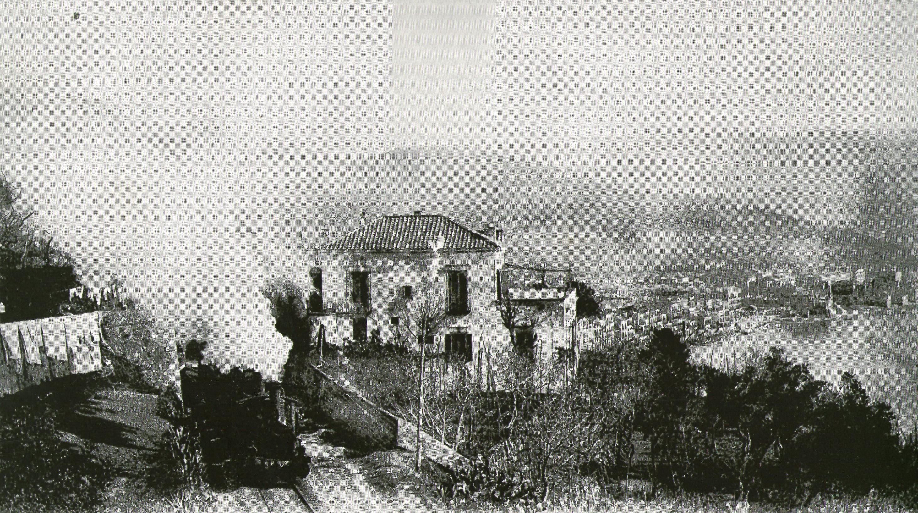 Il treno a vapore che da Salerno sale a Vietri