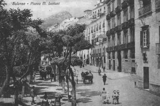 Piazza M.Luciani 1920