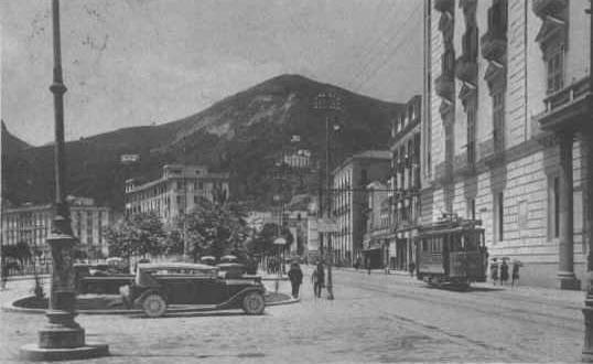 Piazza Prefettura 1932