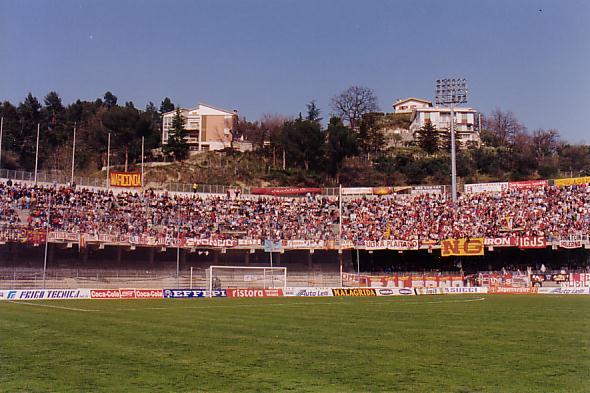 2-4-1995 Ascoli - Salernitana 0-2 4000 supporters