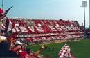 La curva sud nei play-off contro la Lodigiani nel 1993-94